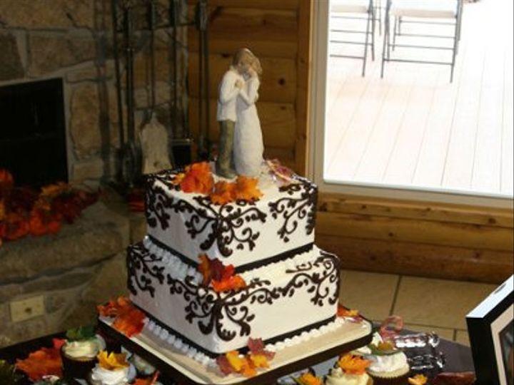 Tmx 1258576995077 Fairbanksnbondcupcaketower2 Pittsburg wedding cake