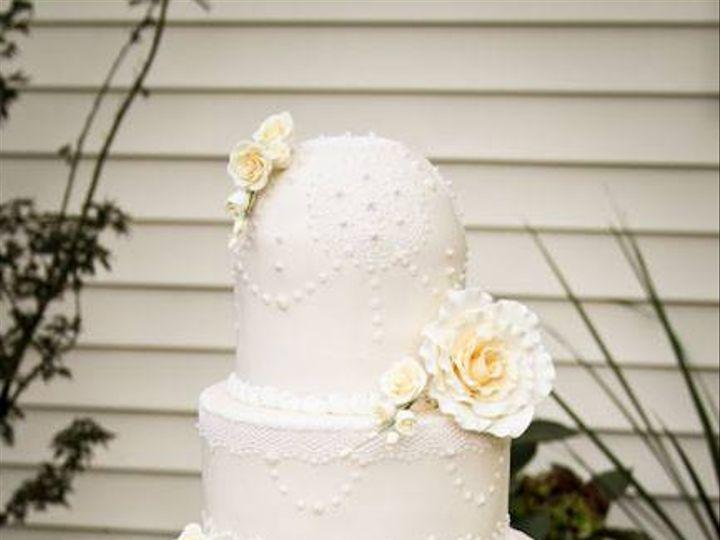 Tmx 4a4f63963f3aab2c43875b386e723a7e 51 1036865 Tobaccoville, NC wedding cake