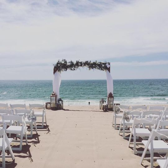 Beach wedding in Monterey