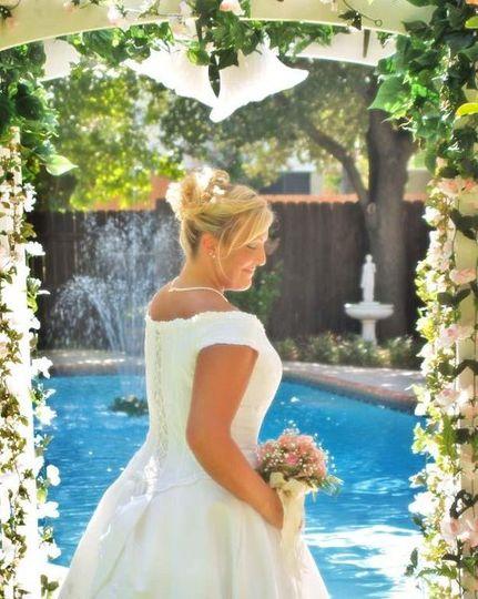 Bride In Arch 08 web