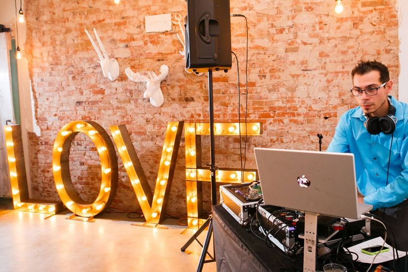 DJ booth | Frances Photography