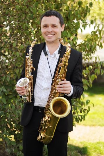 Andre Liesnyi, Saxophonist & D
