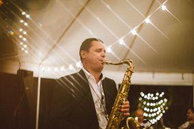 Andre Liesnyi, Saxophonist & DJ