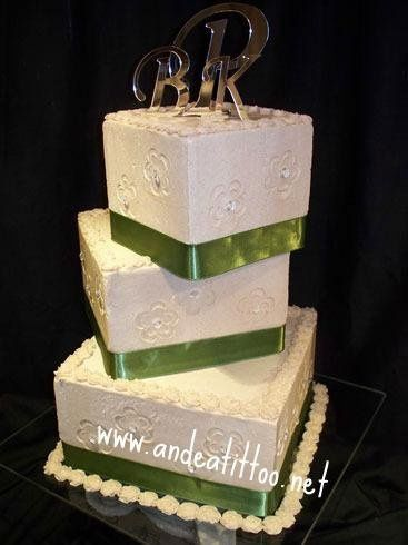 """Pressed Flowers, Hi, did this for a wedding today, 6"""", 8"""" & 10"""", all spice cake, 3 different..."""