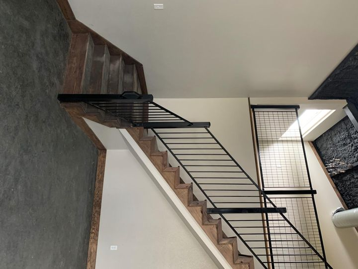 Stairway from bridal area