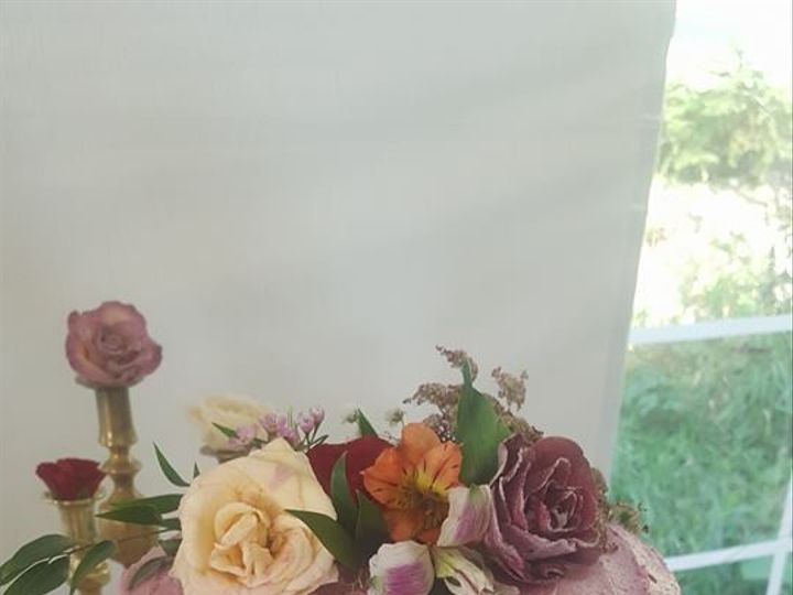 Tmx Kaylas Cake 51 1360965 158084384258255 Antrim wedding cake