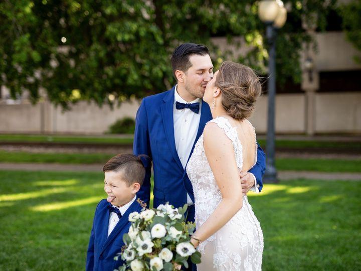 Tmx Img 6777 578 571 51 1062965 1566248220 Cedar Rapids, IA wedding planner