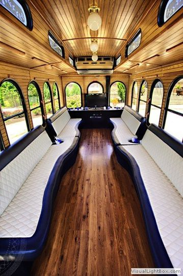 Horizon Limousine & Trolley