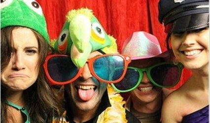 One Touch Photo Booth Rental