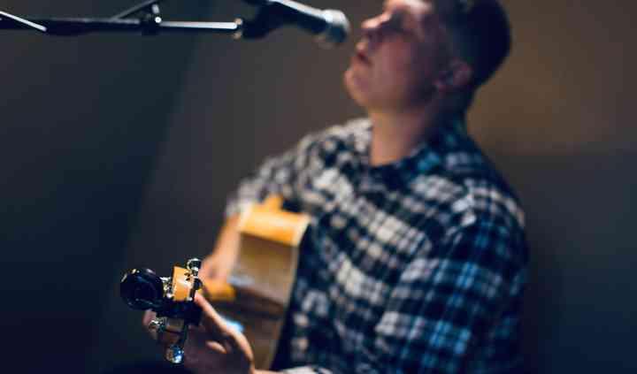Andrew Bicsey Music