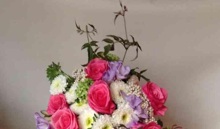 Linda's Petals & Lace LLC