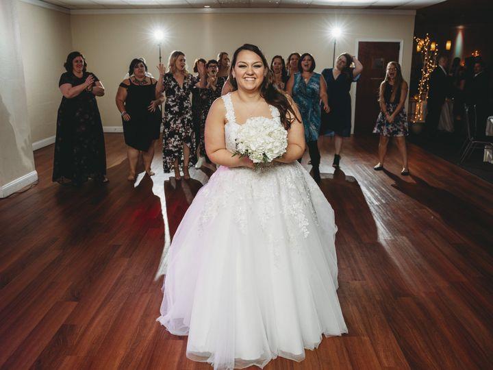 Tmx Sunni Bouquet Toss 51 486965 V1 Saint Charles, MO wedding venue