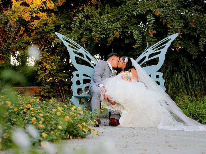 Tmx Butterfly Bench 51 117965 Oakley, California wedding venue