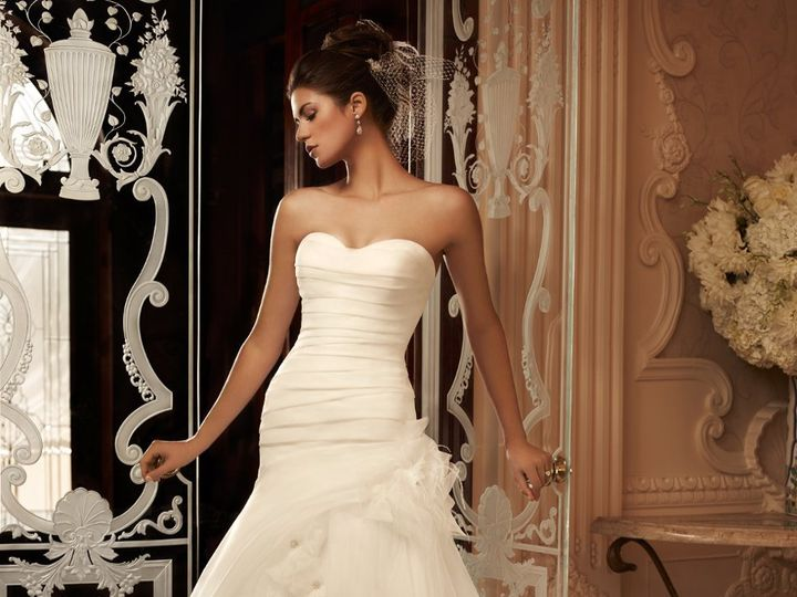 Tmx 1354206599158 2105066Frontv4vh  wedding dress