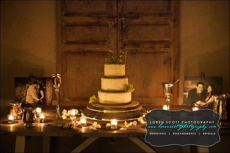 luna solstice cake table