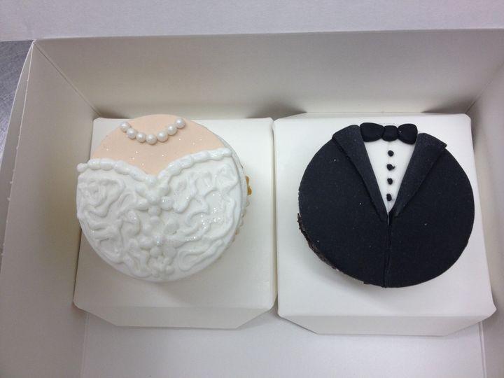 Tmx 1456942684704 Img2352 Costa Mesa wedding cake