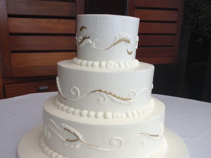Tmx 1485745306812 Classic Wedding Cake 1 Costa Mesa wedding cake
