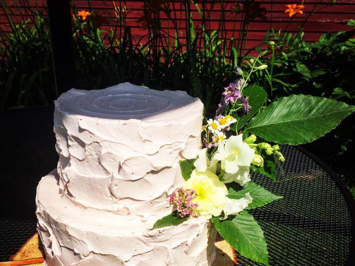 Tmx 48bbcc52 5671 463a 853b 4550f86d4252 51 1979965 159650583335543 Moretown, VT wedding cake