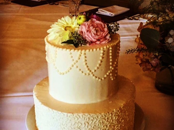 Tmx Img 6523 51 1979965 159650585494806 Moretown, VT wedding cake