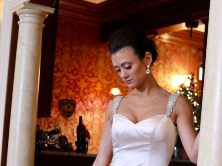 Tmx Img 3136 Laura 51 63075 Pine Brook, NJ wedding beauty