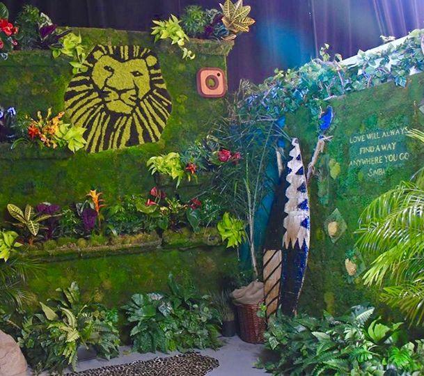 Custom living green wall