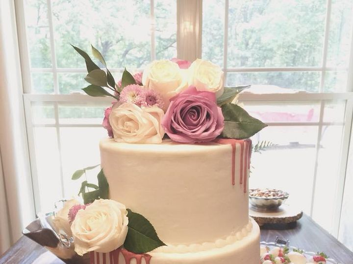 Tmx Bridal Shower 51 1044075 Vicksburg, MS wedding cake