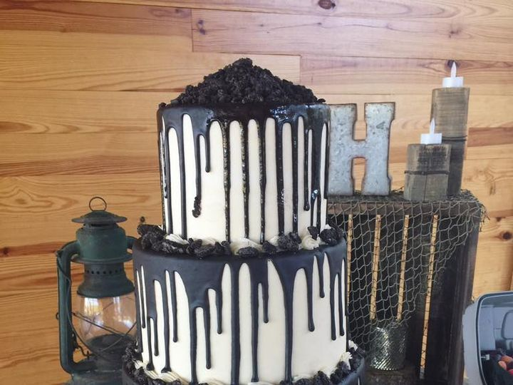 Tmx Marshall Groom 51 1044075 Vicksburg, MS wedding cake