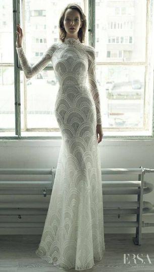 Sleek lace wedding dress