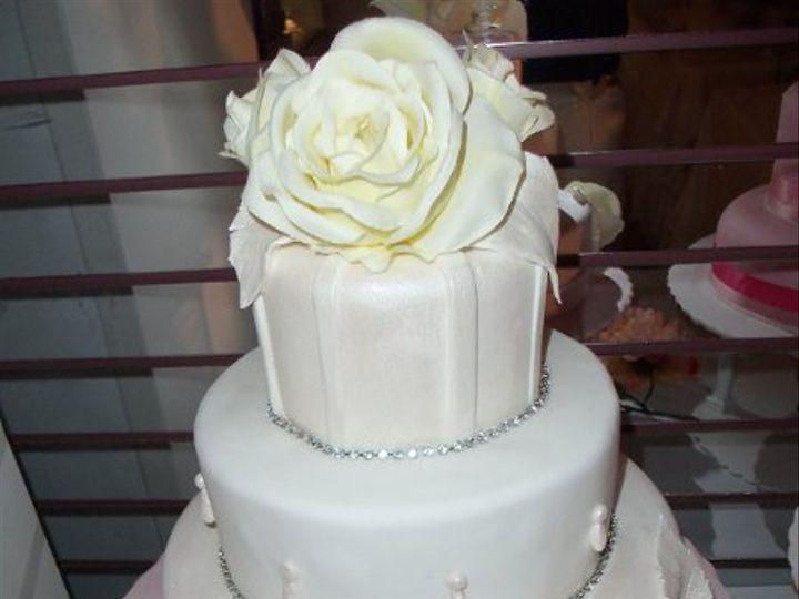 Tmx 1302048501709 1000597 Blue Bell wedding cake