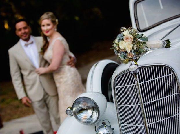 Tmx 1529413010 Daa8a5582417f47f 1529413009 670239caa86f81e2 1529413008073 11 8 Lakeland, FL wedding transportation