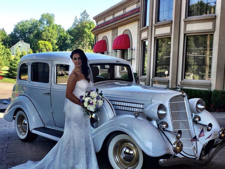 Tmx 1529419007 E1e0a7d5c7f68425 1529419005 0627958861925870 1529419003335 4 3 Lakeland, FL wedding transportation