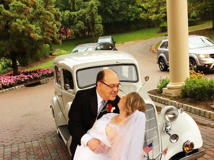 Tmx 1529419016 8d7db25a89b6c42a 1529419012 169c9b183aa8ab72 1529419003382 31 31 Lakeland, FL wedding transportation