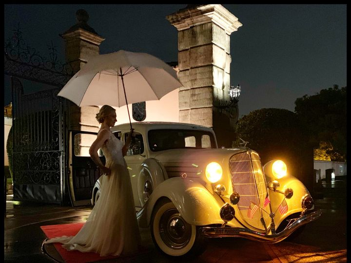 Tmx Fullsizeoutput 5414 51 5075 1558127016 Lakeland, FL wedding transportation