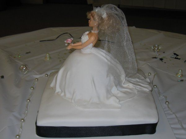 Tmx 1226803525437 BrideSideView Rolla wedding cake
