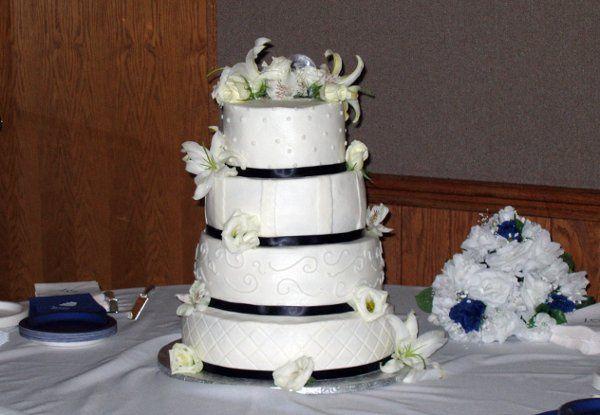 Tmx 1269284352443 GiebinkWedding3 Rolla wedding cake