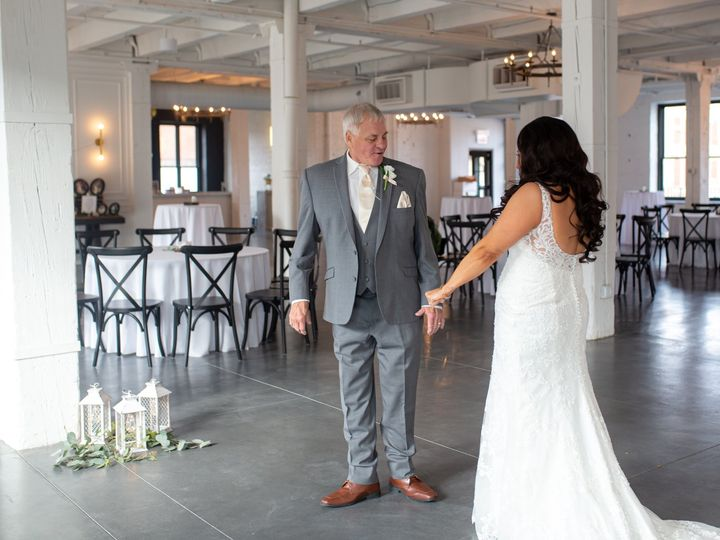 Tmx Hallwed Teaser Fall 2019 20 51 1887075 158264467558577 Buffalo, NY wedding photography