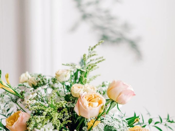 Tmx 1517852491 6c2d9b27b7077d82 1517852490 F231966cabfda7cf 1517852490529 1 Protea Centerpiece San Jose, CA wedding florist