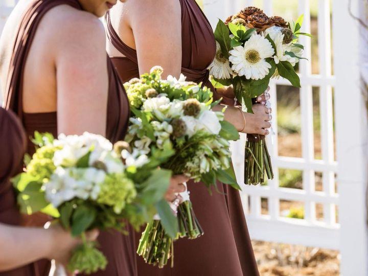 Tmx 1537389089 709615115162d1cf 1537389088 75cca65b6e4f17f1 1537389087419 11 HBFD Karen Brides San Jose, CA wedding florist