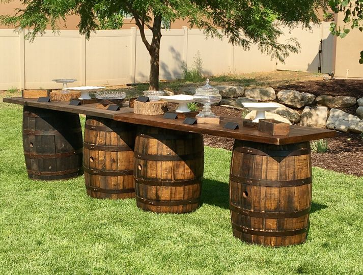 Long tables and barrels