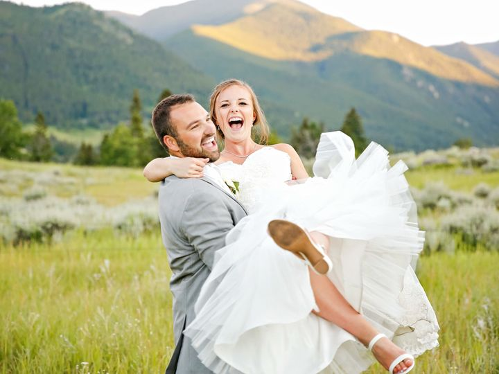 Tmx 1536349675 37f66e9ad2846c17 1536349671 E151f499d5d253af 1536349662327 4 17 SUNSET PORTRAIT Billings, MT wedding photography