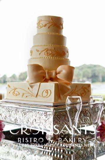 Champagne colored cake