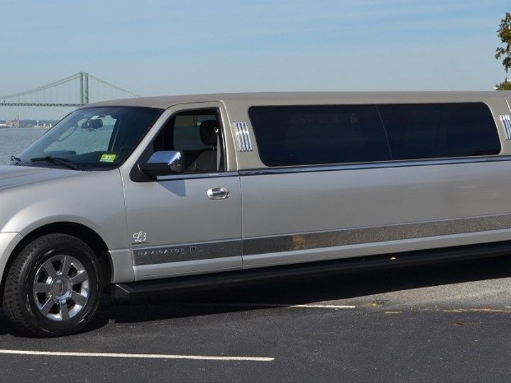 Tmx Riverfront Lincoln Navigator 12pass Outside 51 33175 1567434693 Woodbury, NJ wedding transportation