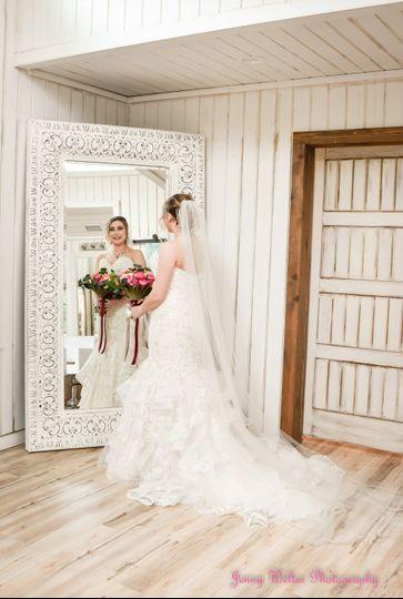 Love mirror bridal shots!