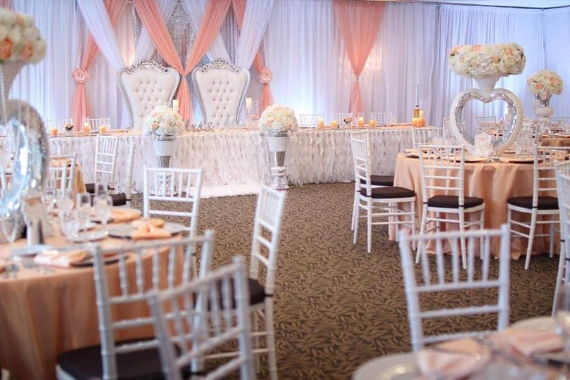 peach and cream wedding2 51 1074175 1562216465