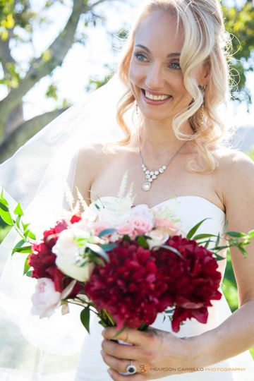 Elegant bride with bouquet - Peardon Carrillo Photography