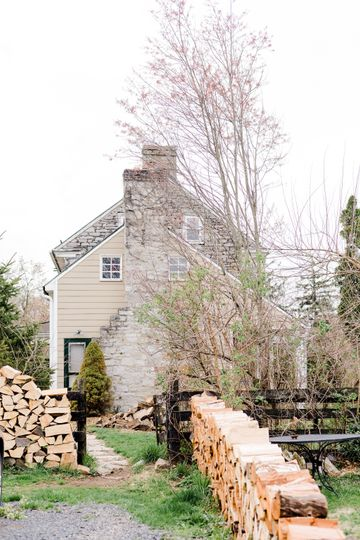Cloverdale Barn | Winchester