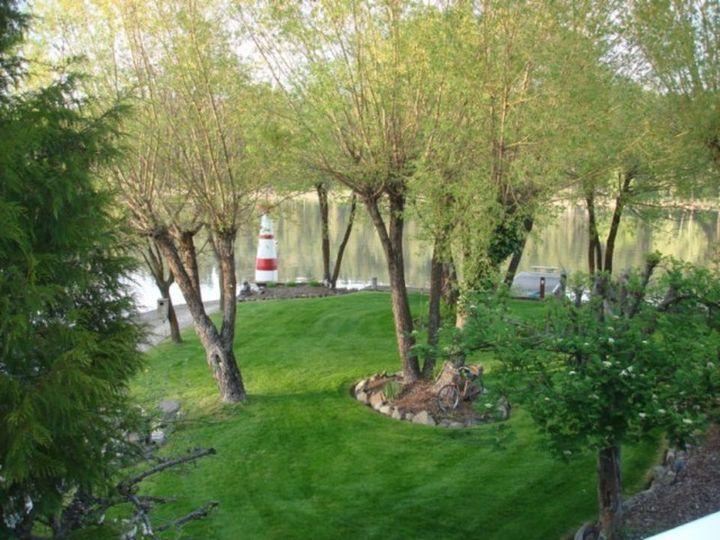 fcb8e37324d83542 1515801851 a6d11f11d47c33ad 1515801847300 6 lighthouse lawn