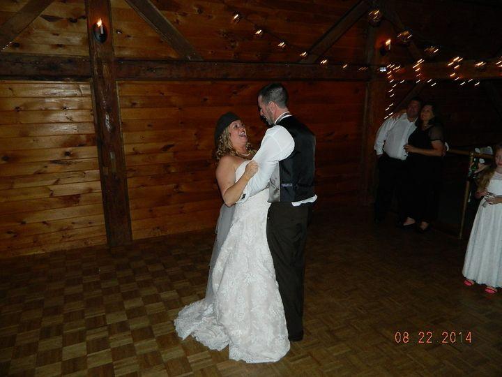 Becka & David enjoying the closing dance at Dell-lea Country Club.