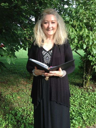 Awesome Wedding Officiant Zelda Sheldon adds sparkle and warmth to your wedding ceremony....
