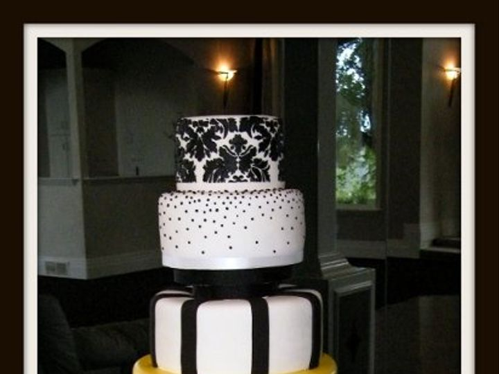 Tmx 1296609826827 Yellowdamaskweddingcake Sandy wedding cake